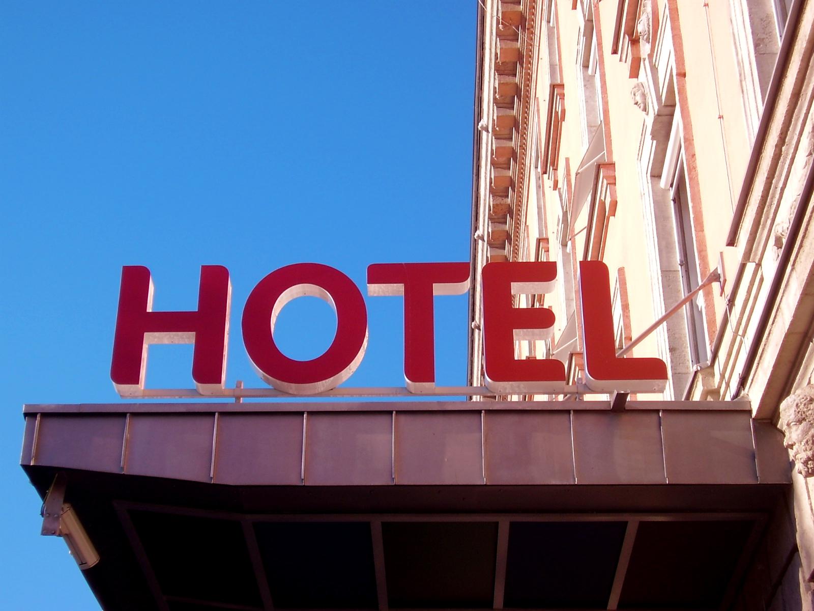 email-marketing-hotel