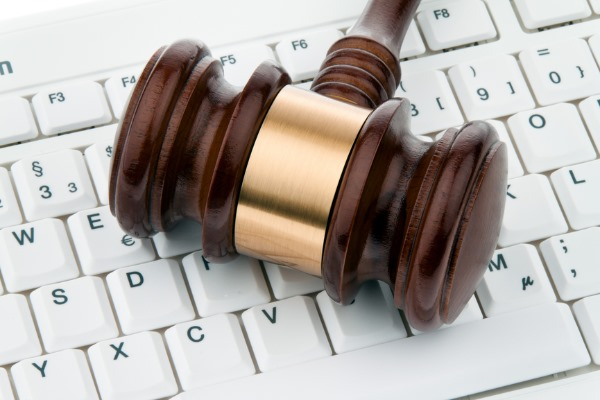 legal issues email marketers should take into consideration